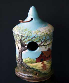 Farmhouse Scene Birdhouse